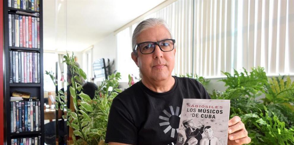 El poeta y humorista cubano Ramón Fernández-Larrea