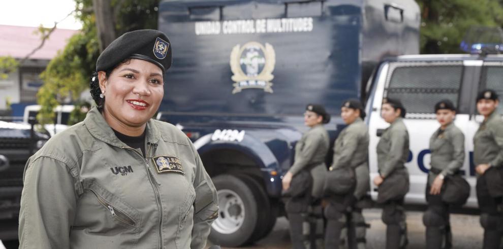 Ser_madre_y_policia_involucra_sacrificios__el_tiempo_sin_mis_hijas_jamas_lo_recuperare-0