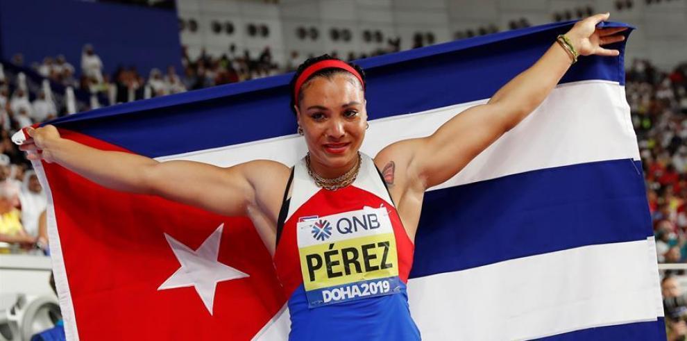 En la imagen un registro de la atleta cubana Yaimé Pérez, medalla de oro en lanzamiento de disco en los Juegos Panamericanos de Lima y en el mundial de Doha.
