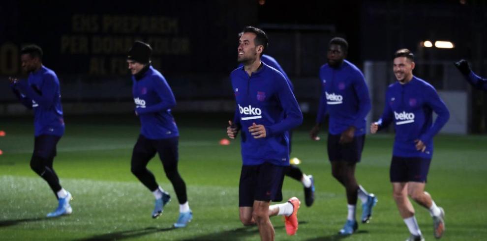 El Barça regresa del parón navideño sin Sergi Roberto ni Wagué.