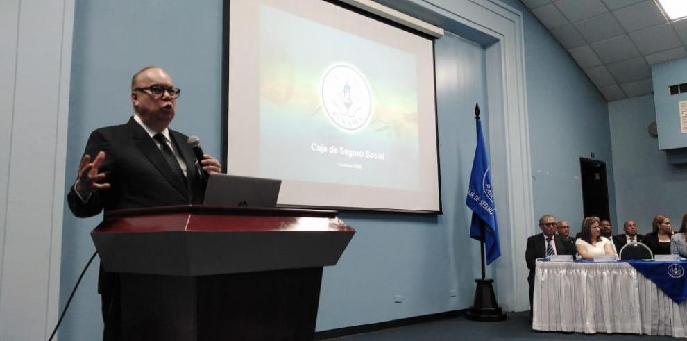 Enrique Lau Cortés, director general de la Caja de Seguro Social (CSS)