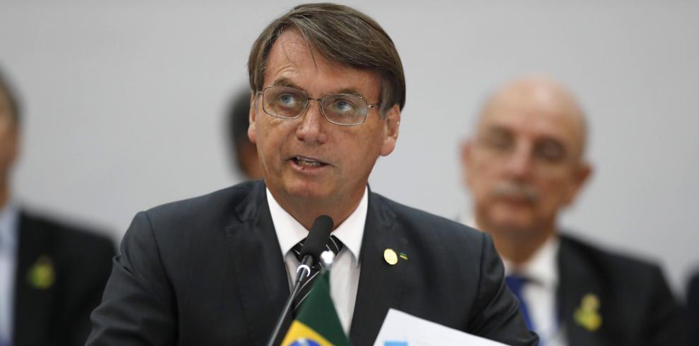 Bolsonaro tacha de