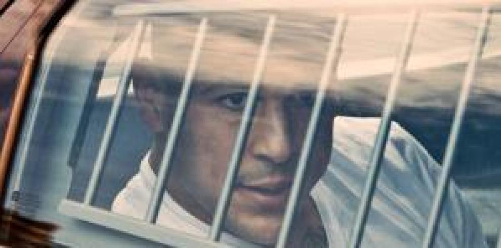 Fotograma cedido por Netflix de Aaron Hernández, la estrella del fútbol americano que es acusado de asesinato.