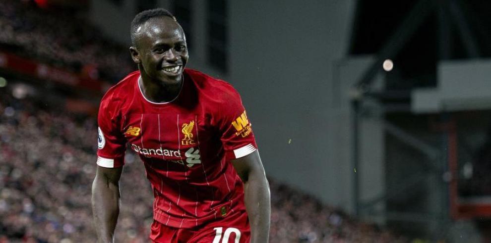 La lesión que sufrió Mané le podría apartar de los próximos compromisos de los 'Reds'.