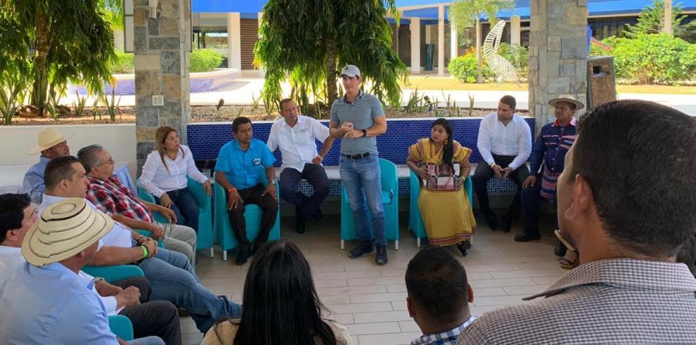Los alcaldes integrantes del CD manifiestan su oposición a la creación de un nuevo partido.