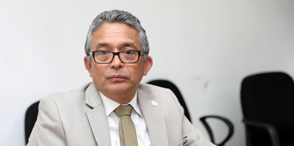 Cecilio Ricrod Bernal, director del Banco de Desarrollo Agropecuario.