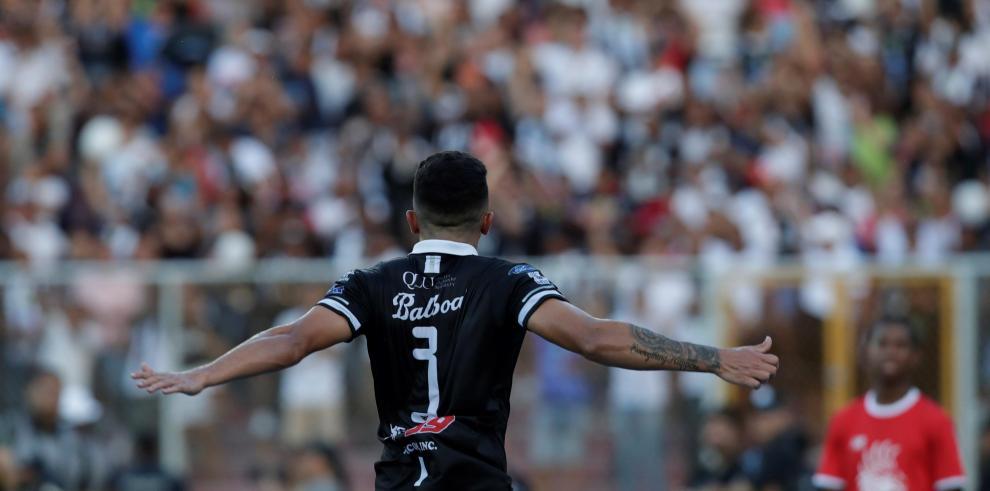 21/02/2020 04:09 (UTC) Autor: EFEI0023 Temática: Deporte » Fútbol El Tauro F.C. se mantiene en la cima del torneo Apertura 2020 de la Liga Panameña de Fútbol