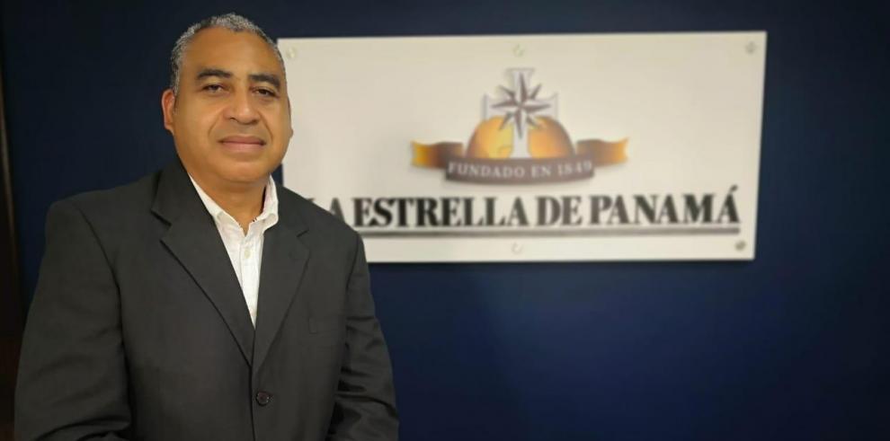 Alex Martínez, virólogo de la Universidad de Panamá.