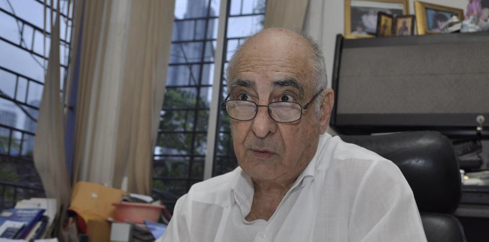 'Tony' Domínguez