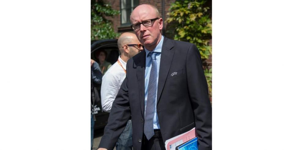 El secretario general adjunto de la FIFA, Alasdair Bell. EFE/Georgios Kefalas