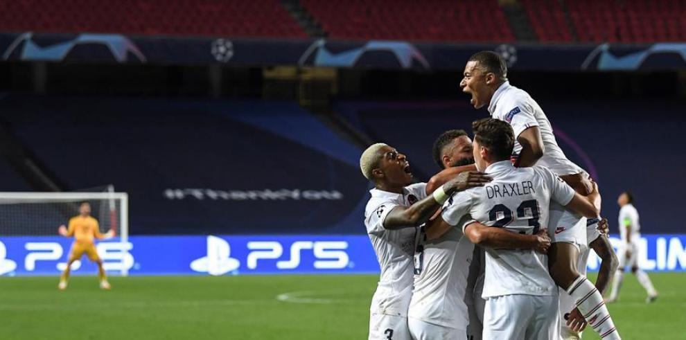 PSG a  semifinales