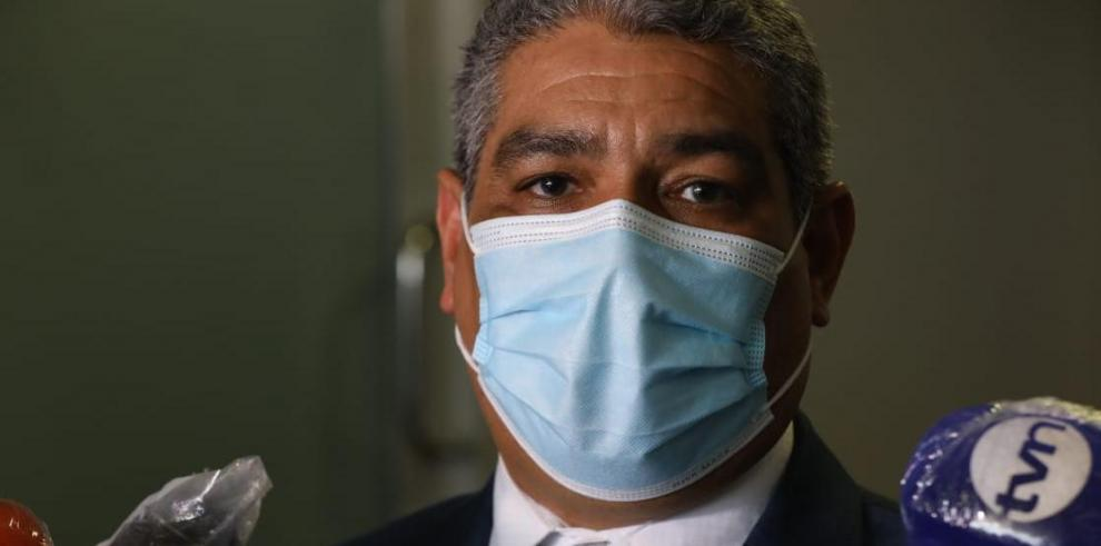Luis Francisco Sucre, titular del Ministerio de Salud