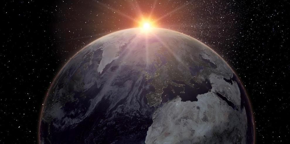 Asteroide contra la atmósfera
