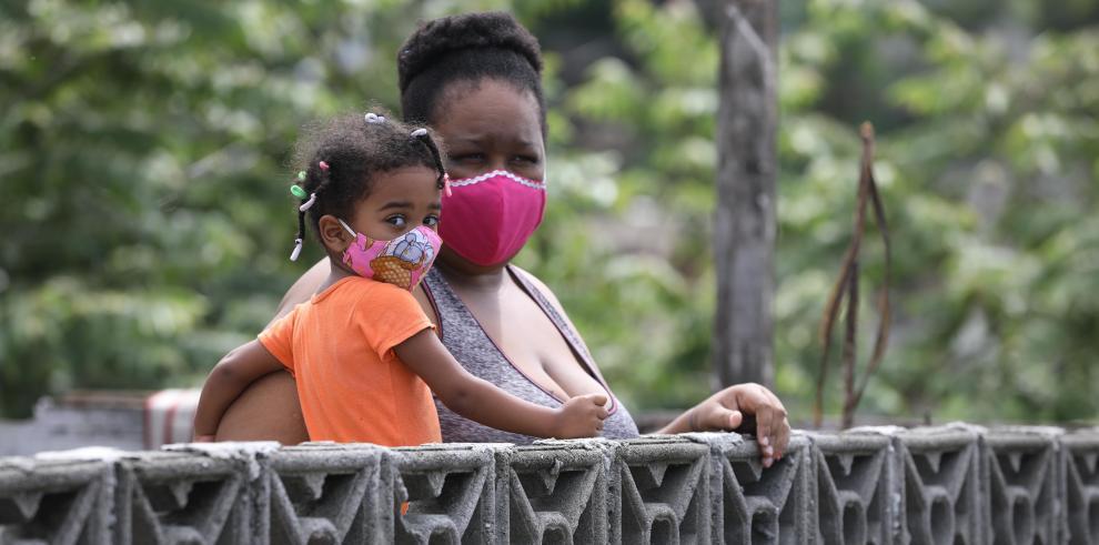 OPS recomienda el uso de mascarillas en los menores de cinco años