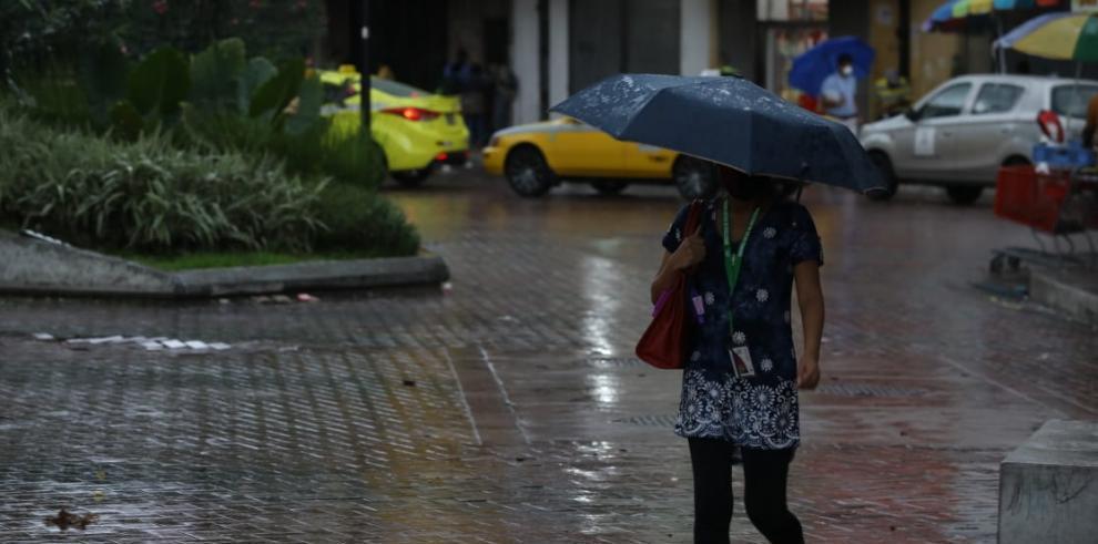 Lluvia intermitente en Panamá