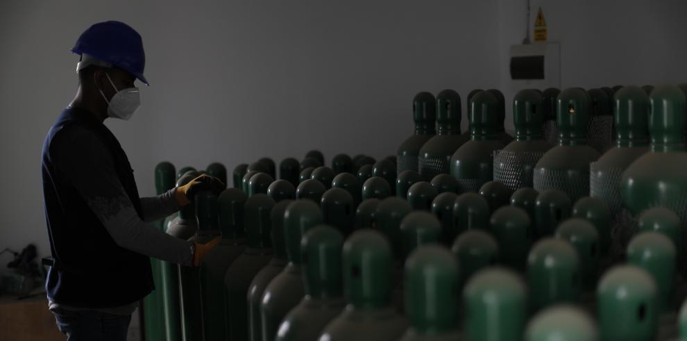 Esta escena revela de nuevo la grave crisis de oxígeno que amenaza al Perú