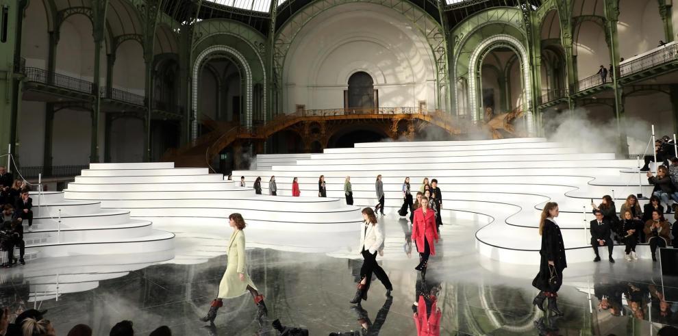 Desfile de Chanel en París el 3 de marzo de 2020.