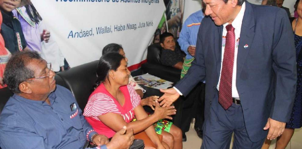 Ministro Romero reactiva diálogo con autoridades y poblaciones indígenas