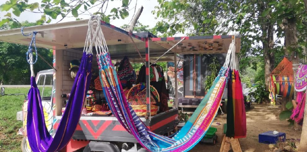 Tradiciones del Corpus Christi engalanan el Casco Viejo de Panamá