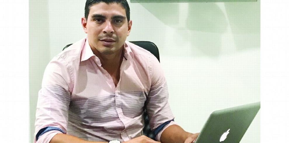 Juan Ramón Solís 'Queremos conocer el compromiso de los candidatos con el fútbol'