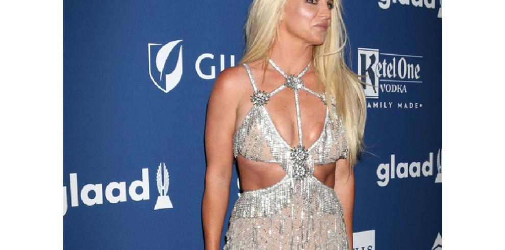 Britney Spears regresa poco a poco a la normalidad