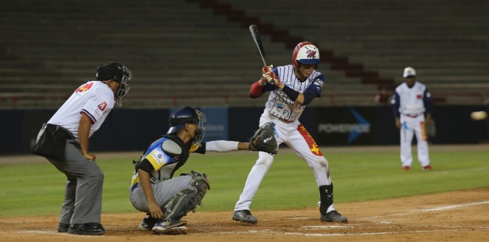 Panamá Oeste vs. Los Santos, juego crucial en la jornada de béisbol juvenil