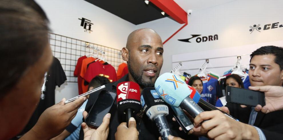 Baloy alza la voz por mejoras en el fútbol panameño
