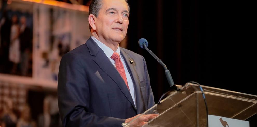 Cortizo reitera su compromiso de reactivar la economía