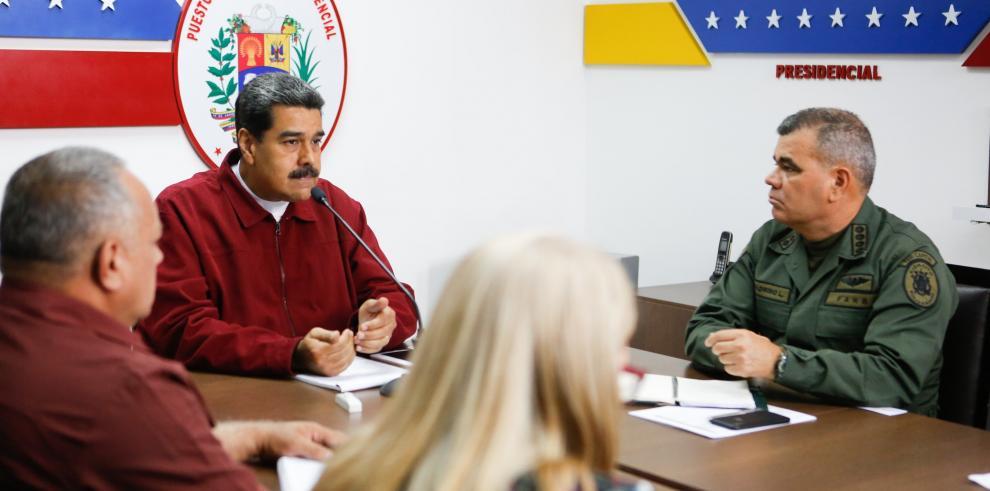 Maduro pide ayuda para investigar