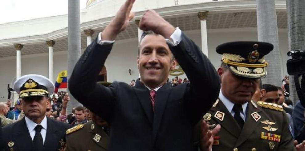 EE.UU. declara fugitivo por narcotráfico al vicepresidente económico venezolano