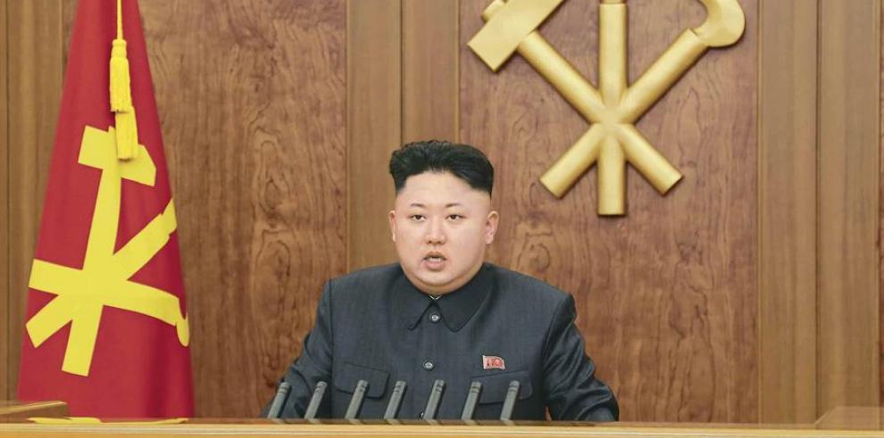 Kim Jong-un dice que los tests de misiles son una