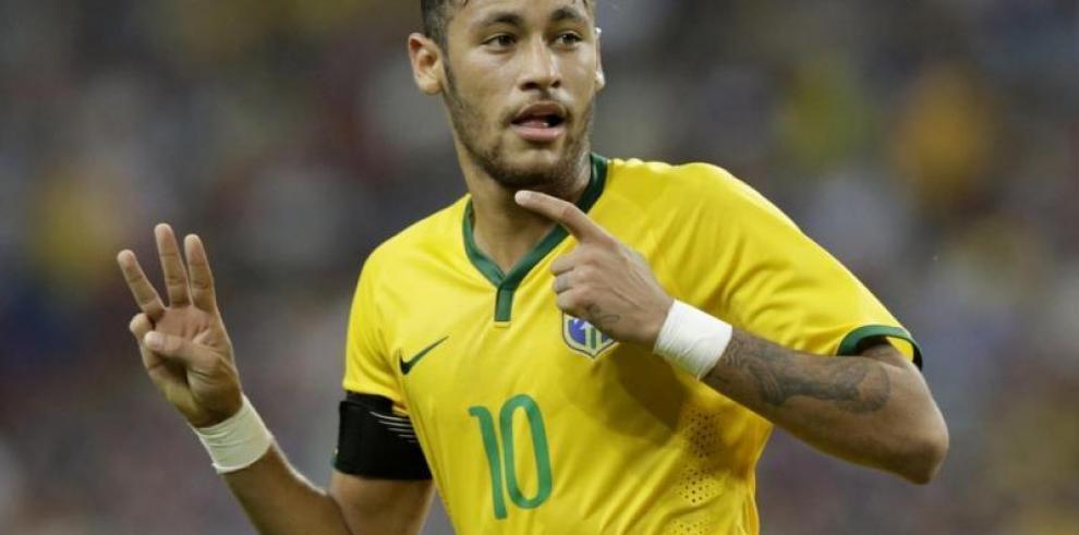Neymar se incorpora a la selección brasileña con tres días de antelación
