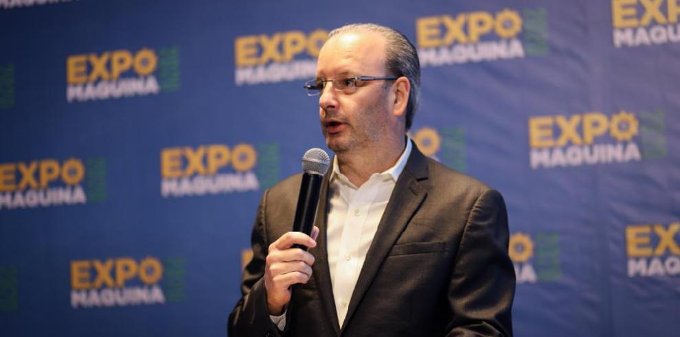 Distribuidores de equipo pesado promueven exposición para 2020