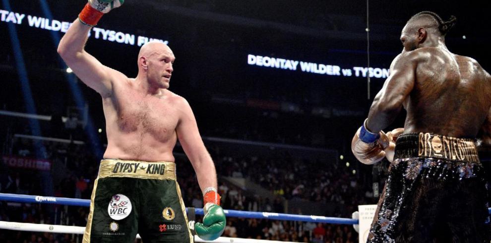 Tyson Fury se juega una carta fuerte hoy ante Tom Schwarz