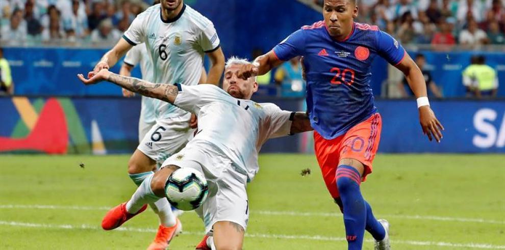 Argentina y Colombia no se hacen daño al cabo del primer tiempo en Salvador