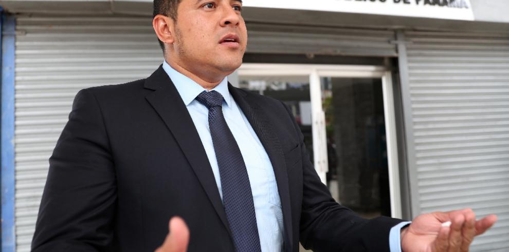 Diputado ecuatoriano presenta nuevas pruebas a denuncia contra presidente Lenín Moreno