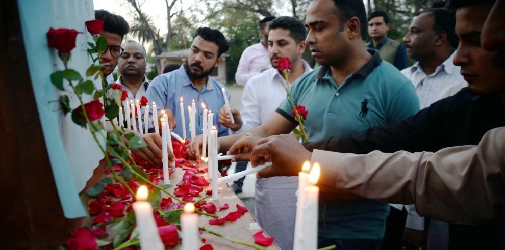 Sri Lanka cuenta a sus muertos tras los atentados del Domingo de Resurrección