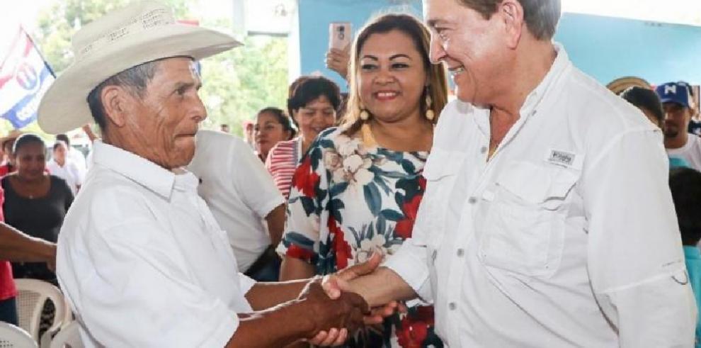 Laurentino Cortizo promete acabar con la corrupción en contrataciones públicas