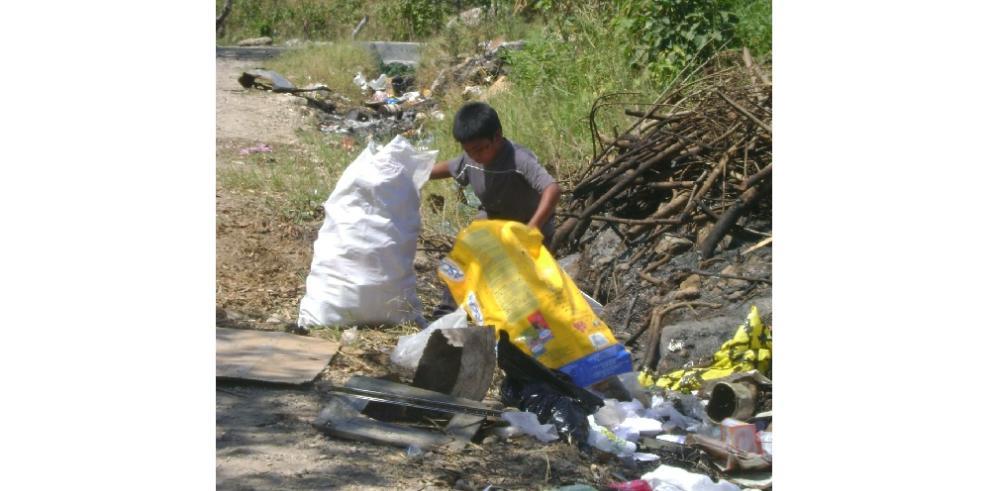 Recolectan 1,807 bolsas de basura en Chiriquí al conmemorar el Día de la Tierra