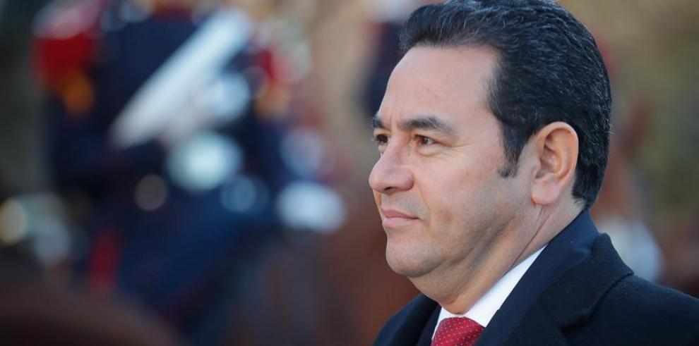 Jimmy Morales evaluará con el presidente electo el acuerdo migratorio con EE.UU.