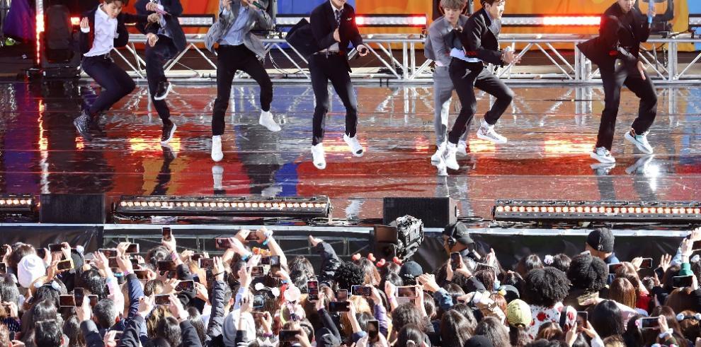 La banda surcoreana BTS se retira de los escenarios