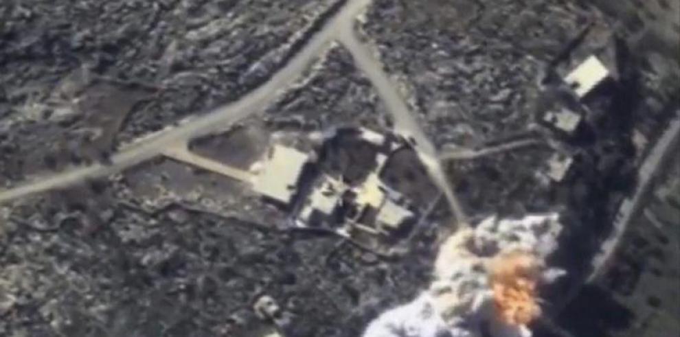 Al menos 15 muertos en bombardeo ruso contra desplazados en Siria, según ONG