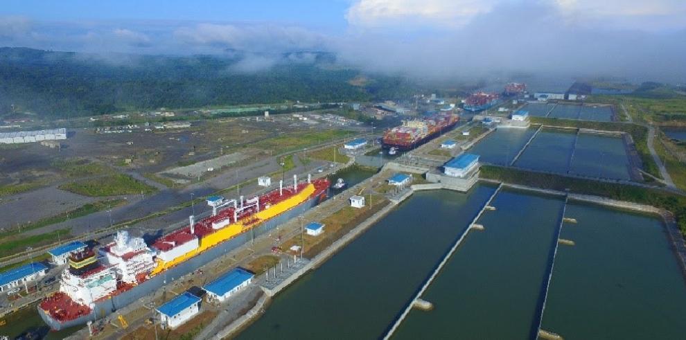 Canal de Panamá obtiene por cuarta ocasión calificación de riesgo 'A' de Fitch Ratings