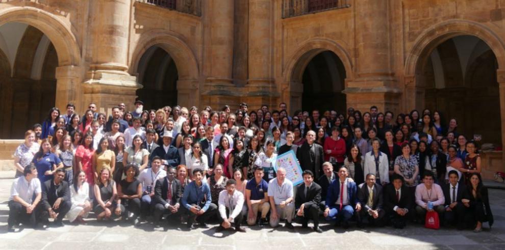 Parlamento Universal de la Juventud presenta manifiesto