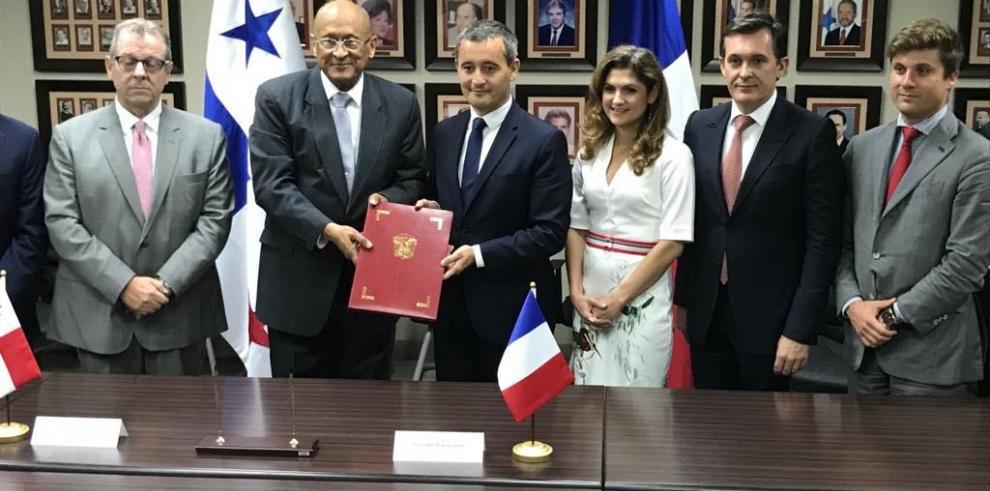 Panamá y Francia buscan mecanismos para excluirse de listas discriminatorias