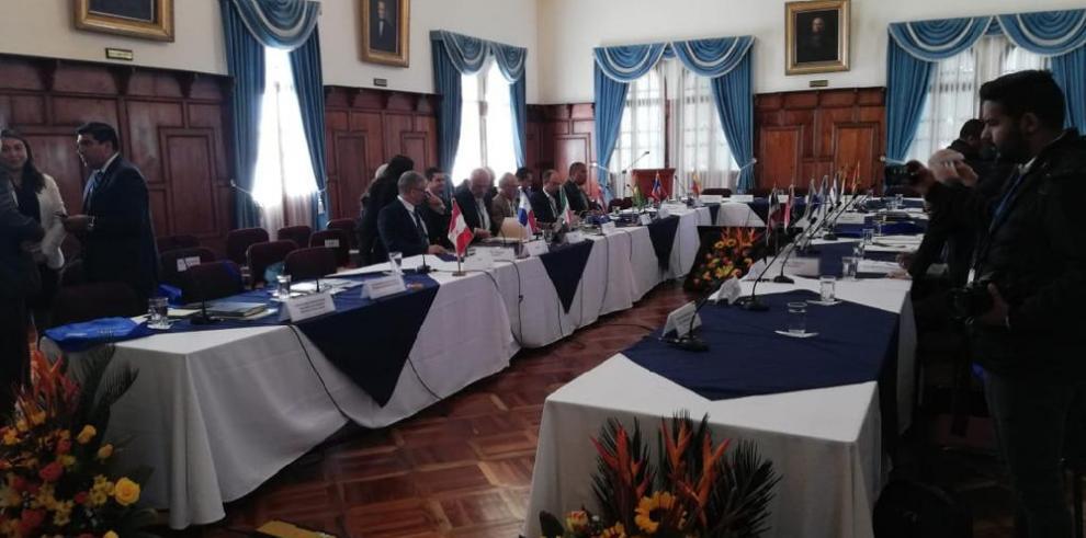 Panamá junto a países bananeros une fuerzas para combatir el hongo Fusarium R4T