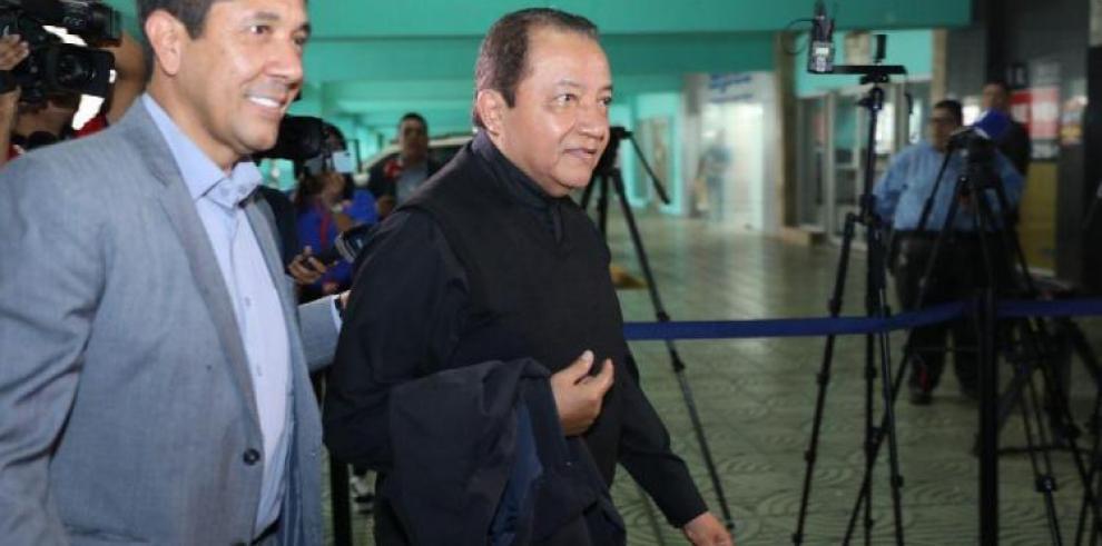 Juicio contra el sacerdote Cosca podría realizarse en noviembre