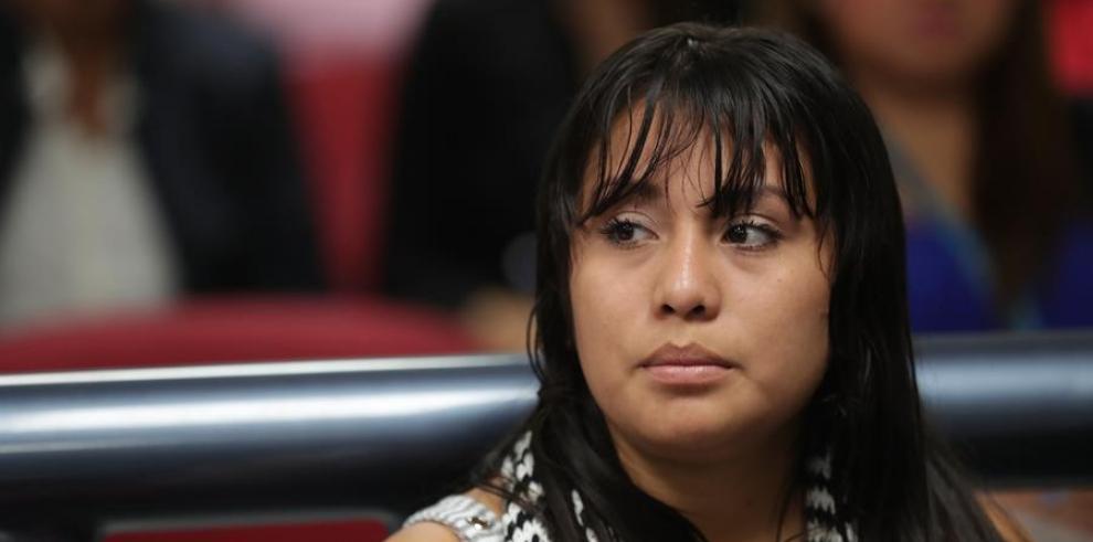 Decretan receso en juicio contra joven salvadoreña procesada por abortar
