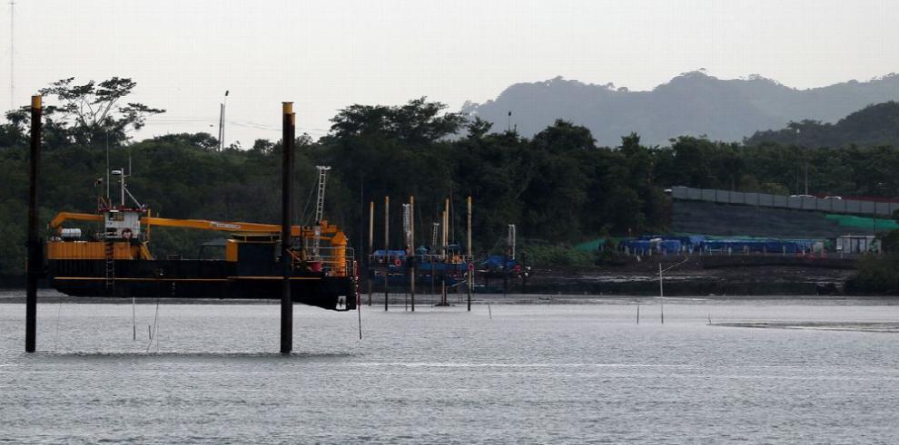 El MOP 'agiliza' los estudios para las obras del cuarto puente sobre el Canal de Panamá