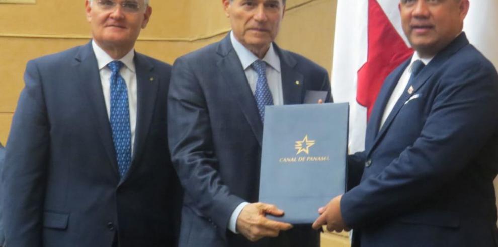 Ministro Royo presenta presupuesto del Canal 2020 ante el pleno de la Asamblea Nacional